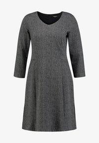 More & More - DRESS SHORT - Jerseykjole - black/multicolor - 5