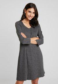 More & More - DRESS SHORT - Jerseykjole - black/multicolor - 0