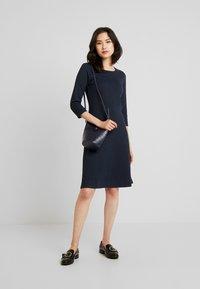 More & More - DRESS INTERLOCK - Robe pull - marine - 1