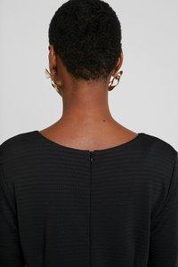 More & More - DRESS - Etuikjole - black - 4