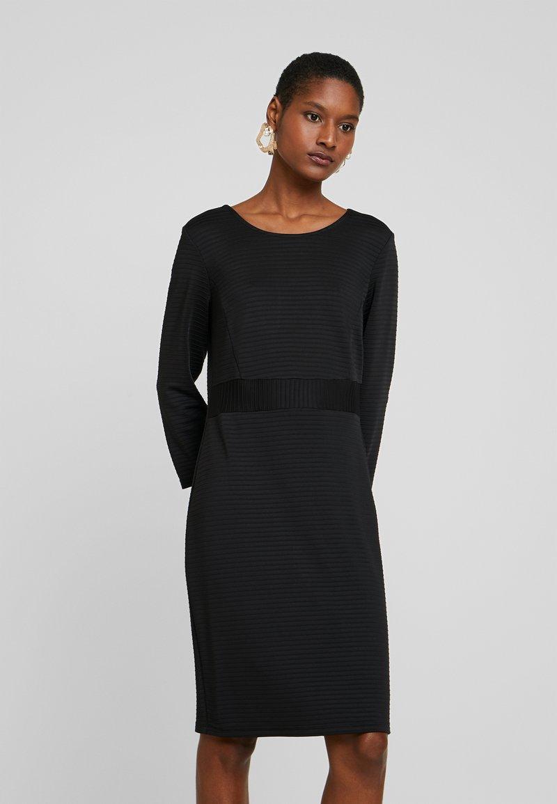 More & More - DRESS - Etuikjole - black