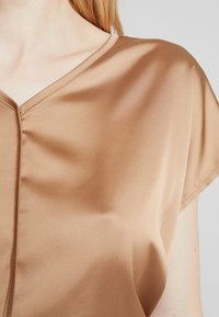More & More - Blouse - caramel - 5