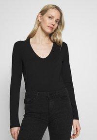More & More - T-shirt à manches longues - black - 0