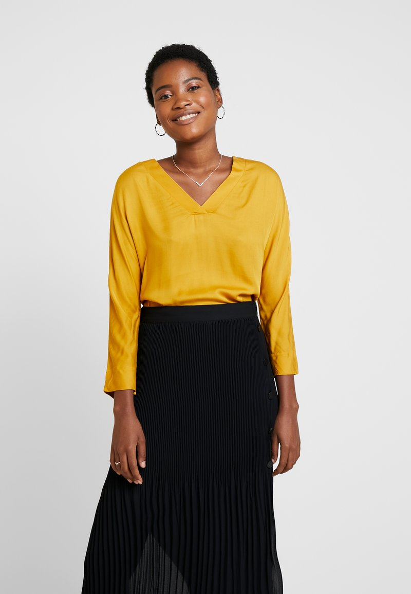 More & More - SLEEVE - Blusa - autumn yellow