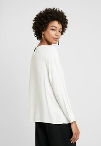 More & More - BLOUSE SLEEVE - Blouse - off white - 2