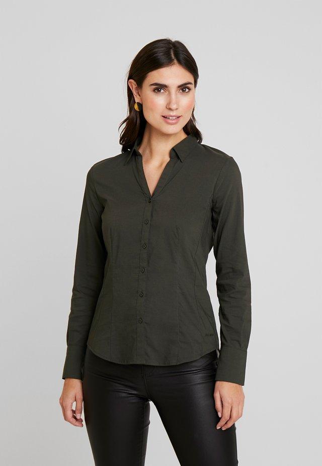 Button-down blouse - dark leaf