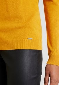 More & More - Jersey de punto - autumn yellow - 5