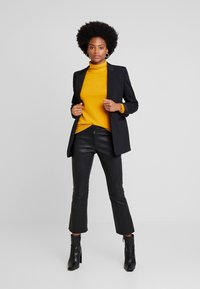 More & More - Jersey de punto - autumn yellow - 1