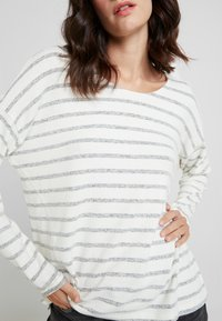 More & More - Sweter - offwhite - 4