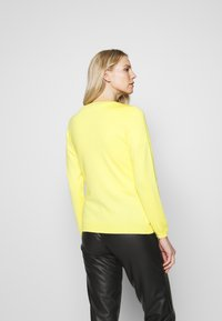 More & More - CARDIGAN - Cardigan - light lemon - 2