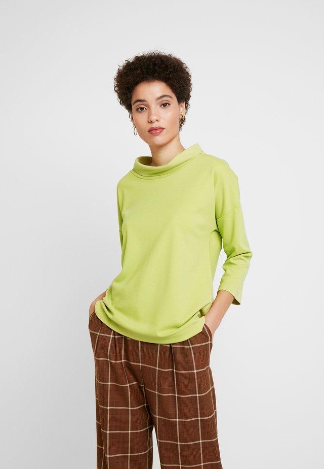 Bluzka z długim rękawem - light green