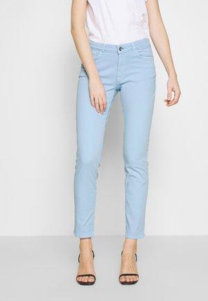 Jean slim - sky blue