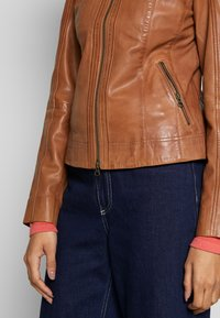 More & More - Leather jacket - nougat - 4