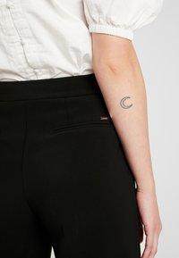 Morgan - POLO - Spodnie materiałowe - noir - 3