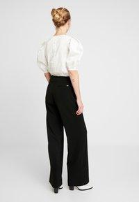Morgan - POLO - Spodnie materiałowe - noir - 2