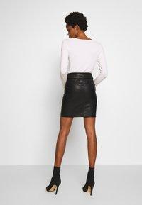 Morgan - Minifalda - noir - 2