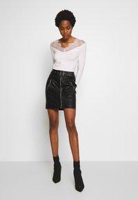Morgan - Minifalda - noir - 1