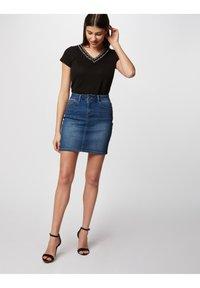 Morgan - Jupe en jean - black denim - 1