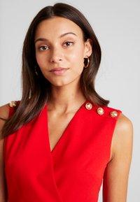 Morgan - Vestido de tubo - rouge - 4