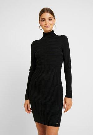 RMENTO - Robe pull - noir