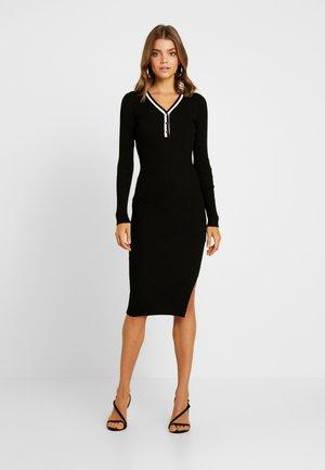 MULLY - Robe pull - noir