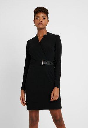 RAMIKA - Robe en jersey - noir