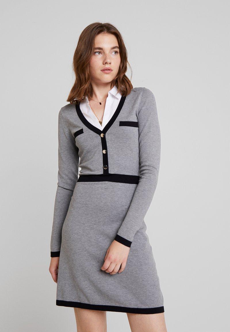 Morgan - Strikket kjole - gris chine type