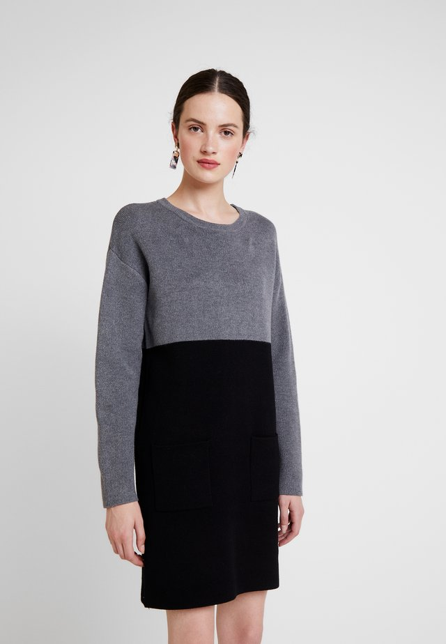Pletené šaty - noir/gris