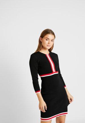 Stickad klänning - noir