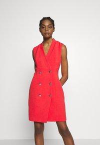 Morgan - ROCHEL - Robe d'été - groseille - 0