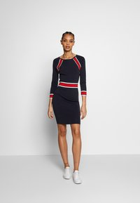 Morgan - Shift dress - marine/papaye - 1