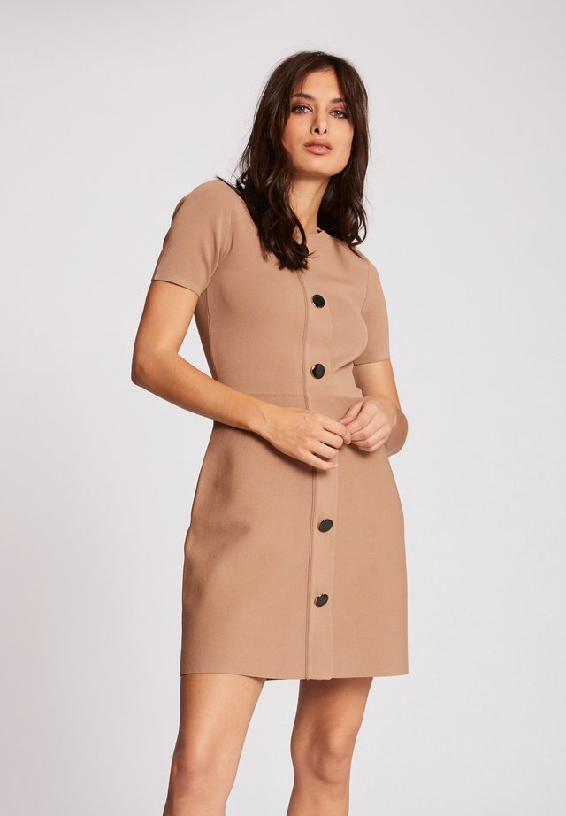 WITH BUTTONS - Gebreide jurk - brown