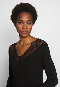 Morgan - TRACE - T-shirt à manches longues - noir - 3