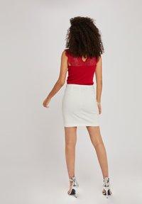 Morgan - DENA - T-shirt basique - red - 2