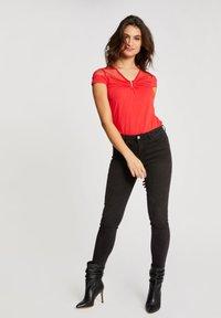 Morgan - DOBBY SPOT - Print T-shirt - red - 1