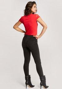 Morgan - DOBBY SPOT - Print T-shirt - red - 2