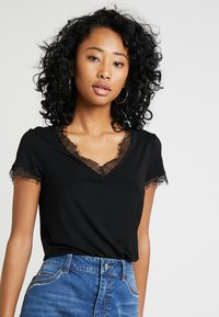 Morgan - DMINOL - T-shirt imprimé - noir - 0