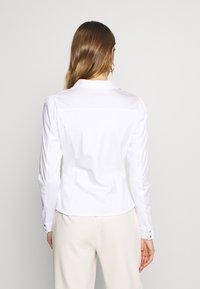 Morgan - CARA - Button-down blouse - blanc - 2