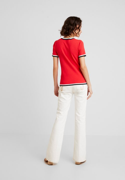 dobra jakość Morgan T-shirt z nadrukiem - rouge Koszulki i Topy RUSV-RA6