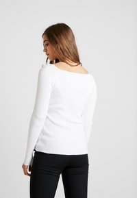 Morgan - MUG - Pullover - off white - 2