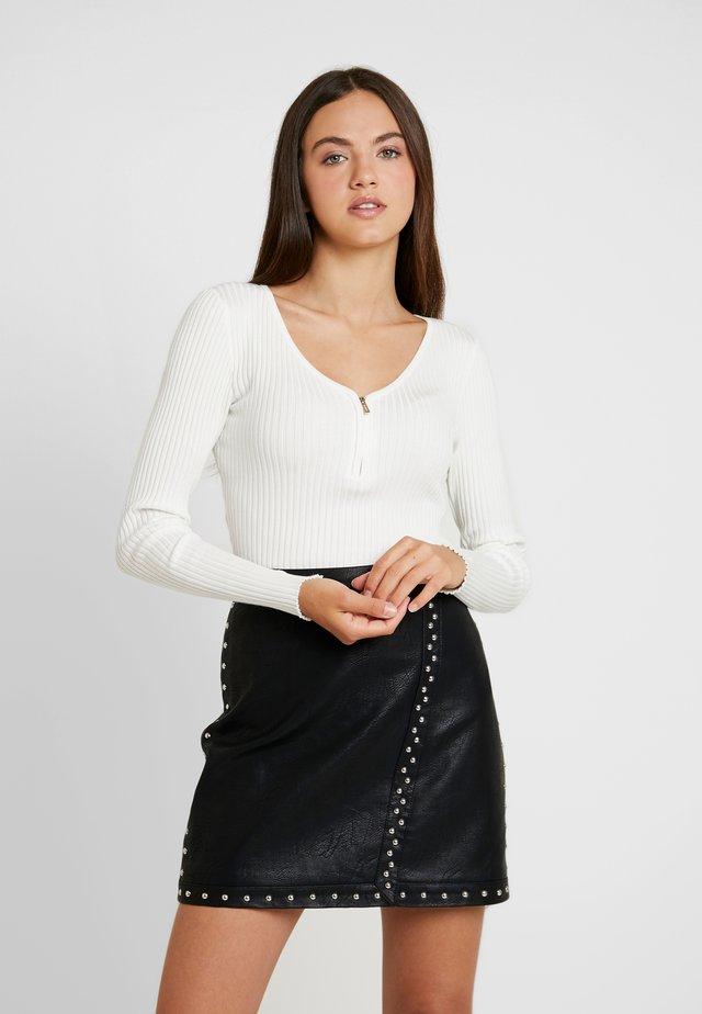 MALIKO - Stickad tröja - off white
