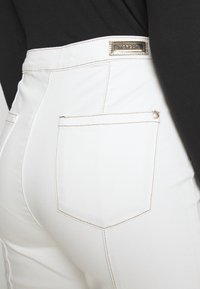 Morgan - PIXIE - Jean flare - off white - 5