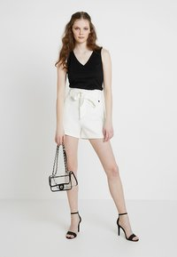 Morgan - SHOPIA - Shorts - off white - 1