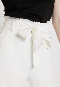 Morgan - SHOPIA - Shorts - off white - 3