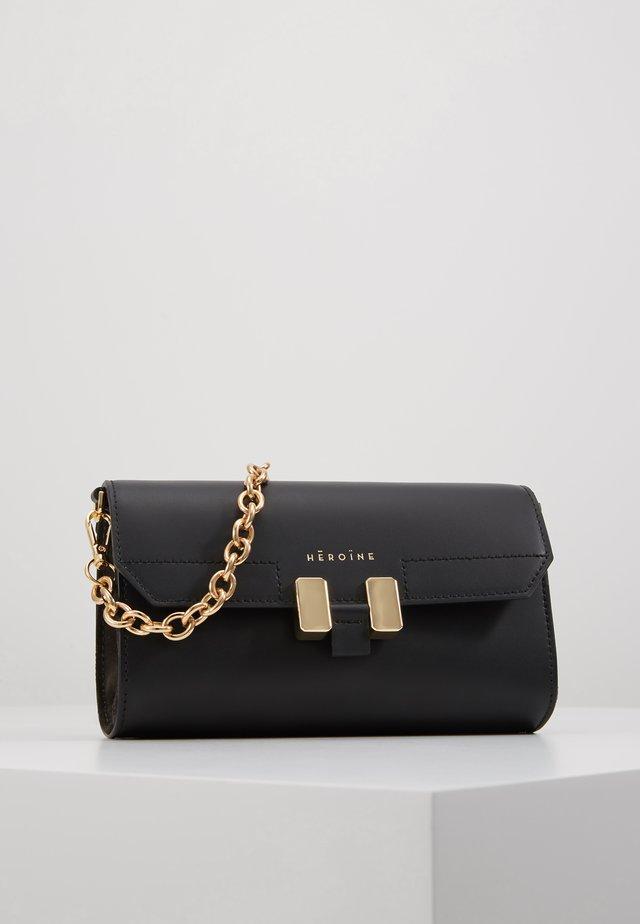 AMAL - Across body bag - black