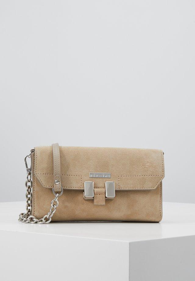AMAL - Across body bag - delicate sand
