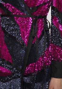 MANÉ - SOFIA WRAP DRESS - Juhlamekko - washed black/magenta - 7