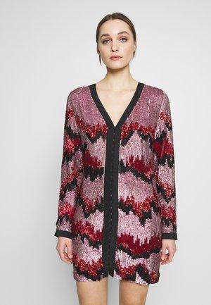 RAE DRESS - Juhlamekko - lilac/rouge