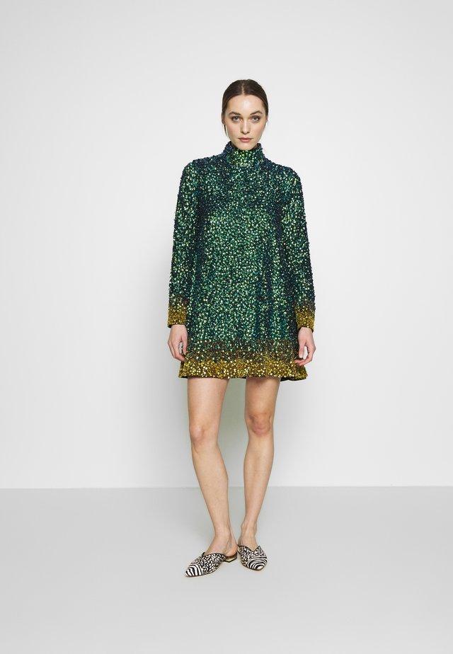 CETO DRESS - Korte jurk - green