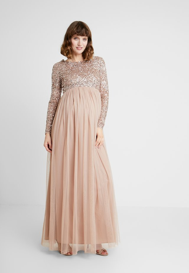LONG SLEEVE DELICATE SEQUIN MAXI DRESS WITH SKIRT - Gallakjole - taupe blush